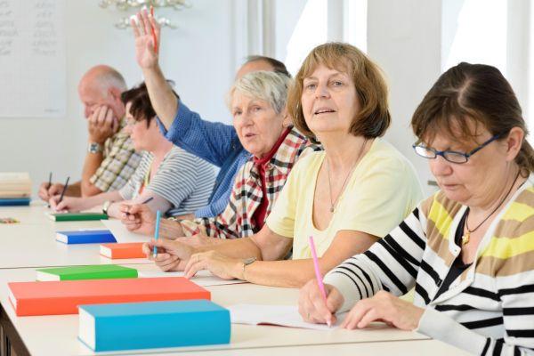 Изучение иностранных языков в пожилом возрасте помогает в предупреждении ряда возрастных проблем