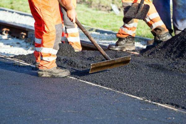 В Валдайском районе отремонтируют автодороги местного значения