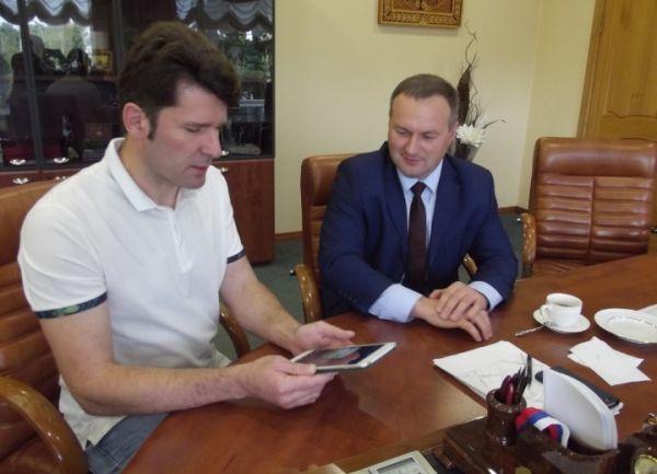 Вологодский предприниматель провел встречу с мэром Сергеем Бусуриным.