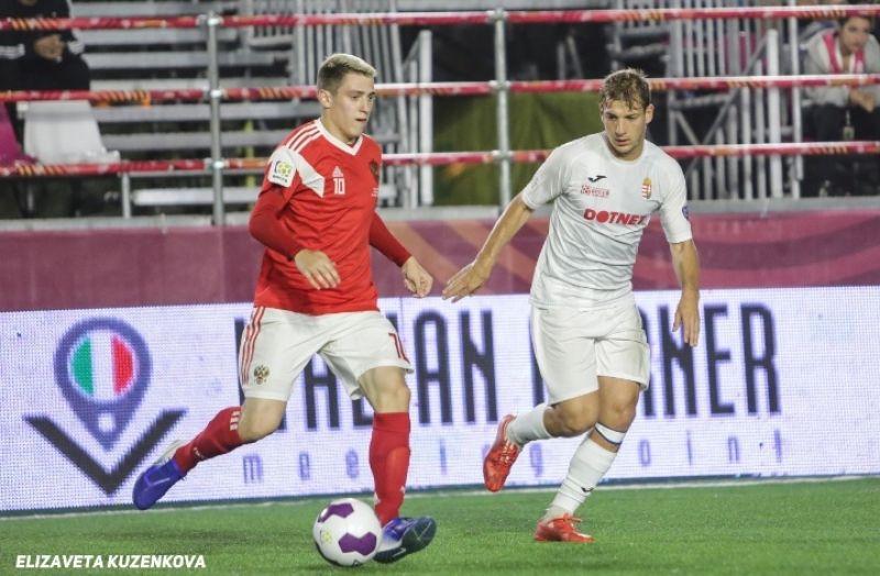 За российскую сборную выступает Андрей Павлов, рушанин, сейчас игрок – петербургского клуба «Волна».
