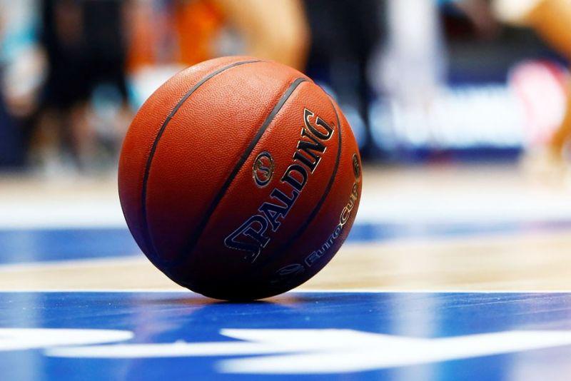 Игры первого тура проходят в спорткомплексе НовГУ с 25 по 27 октября.