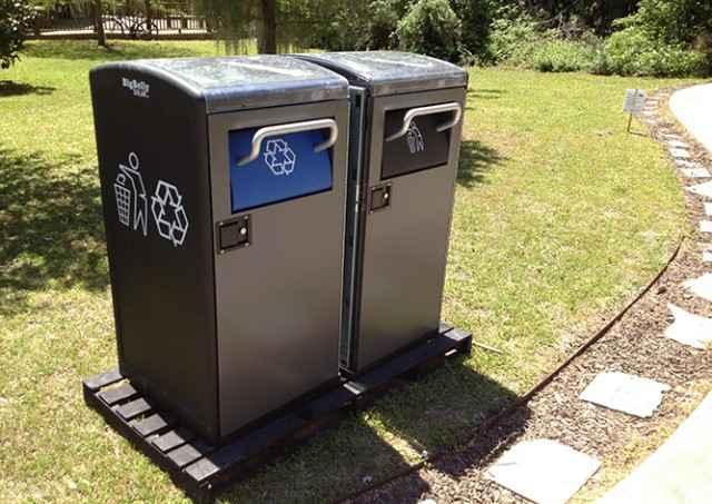 Специальная компьютерная программа проконтролирует наполняемость баков для мусора.