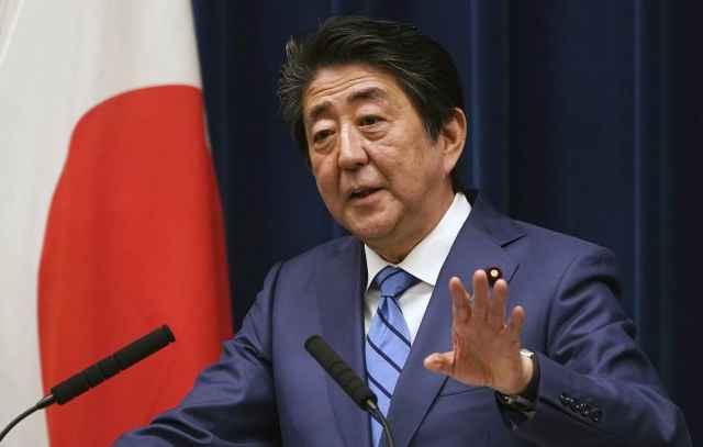 Синдзо Абэ сказал, что президент МОК Томас Бах согласился с идеей переноса Олимпиады из-за угрозы распространения коронавируса.