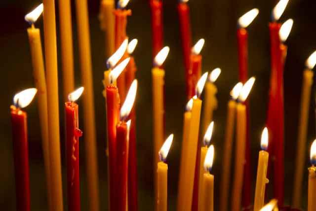 В этом году жители области подошли к празднику Пасхи в непростой обстановке, сказал губернатор. В регионе временно запрещены богослужения, закрыто посещение кладбищ.