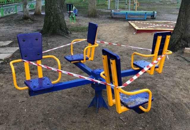 Новгородка решила заглянуть с внучками на детскую площадку, и в отношении неё возбудили дело об административном правонарушении.