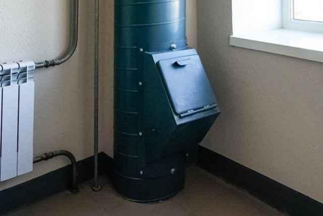 Невозможно планировать повсеместный раздельный сбор отходов, подразумевая в проектируемых многоквартирных домах мусоропровод, заявила вице-премьер Виктория Абрамченко.