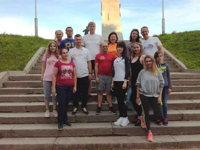 Прошлым летом Андрей Ефимов пробежался с новгородскими предпринимателями от кремля до Знаменского собора.