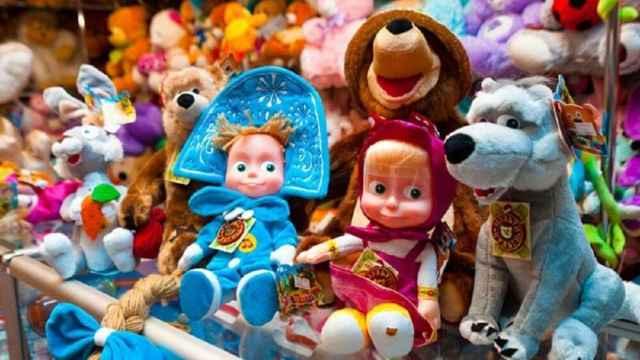 Жители Новгородской области могут пожаловаться на качество детских товаров на горячую линию