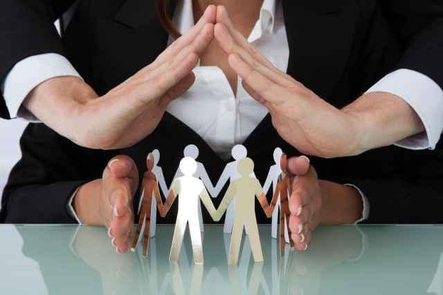Программы направлены на поддержку и обучение предпринимателей, самозанятых и лиц, которые готовы работать в социальной сфере