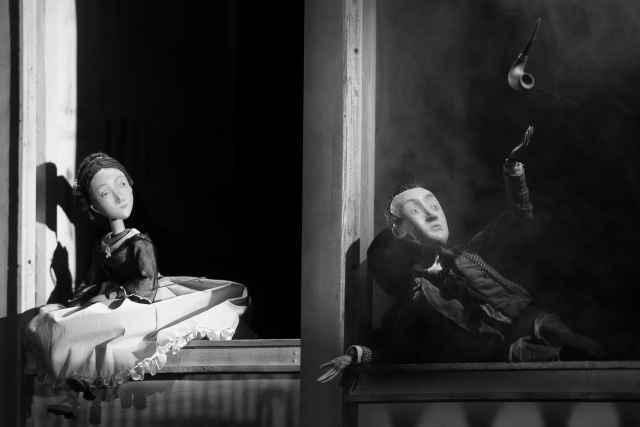 «Белые ночи» – первый кукольный спектакль, вошедший в афишу фестиваля за всю его историю