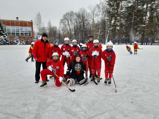 Рождественские матчи были сыграны вчера, 7 января, на ярославском стадионе «Каучук».
