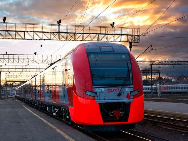 Подробно с расписанием движения пригородных поездов можно ознакомиться на станциях и вокзалах, а также на сайте СЗППК