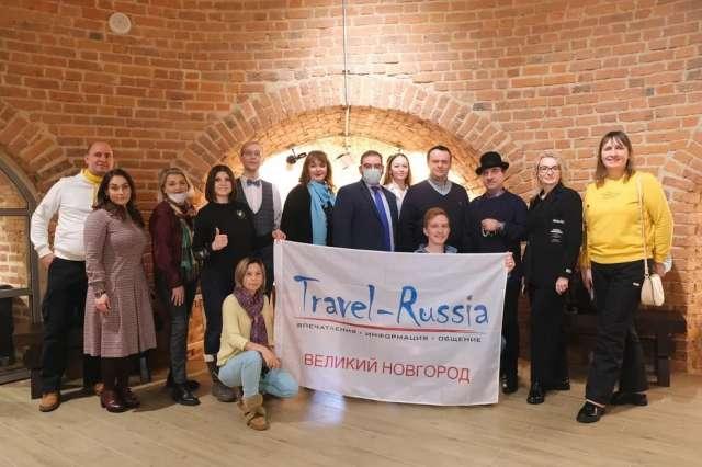 Одним из ключевых событий пребывания гостей на новгородской земле стала встреча с главой региона Андреем Никитиным в Белой башне.