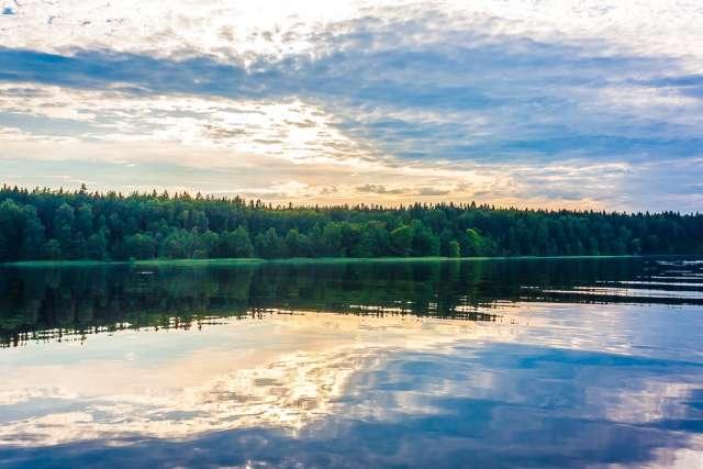 Самым ожидаемым в Демянском районе станет ремонт автодороги Истошно – Полново, которая выходит к северному и западному берегам Полновского плёса озера Селигер.