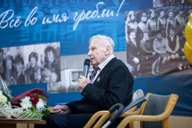 Евгений Морозов более 50 лет посвятил тренерской работе и подготовке гребцов высокого класса.