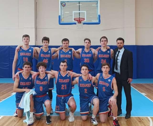 Новгородские баскетболисты выиграли полуфинал первенства России