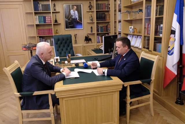 Предыдущий визит Александра Гуцана в Новгородскую область состоялся в конце января 2020 года.