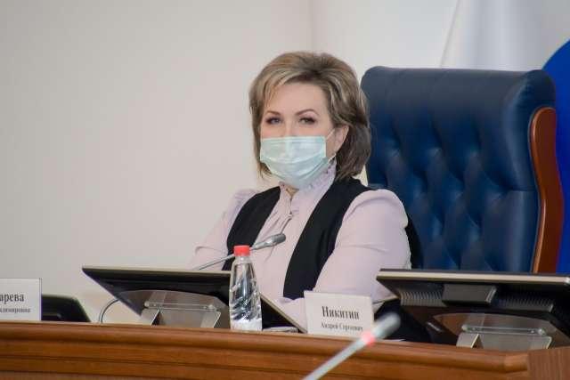 Отчет главы региона прокомментировала председатель Новгородской областной Думы Елена Писарева