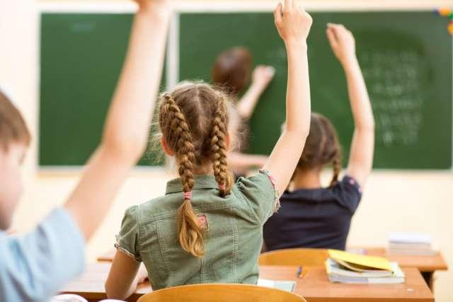 В 7-8 классах с репетиторами занимаются 27% российских школьников,  в 10-11 классах —  43%.