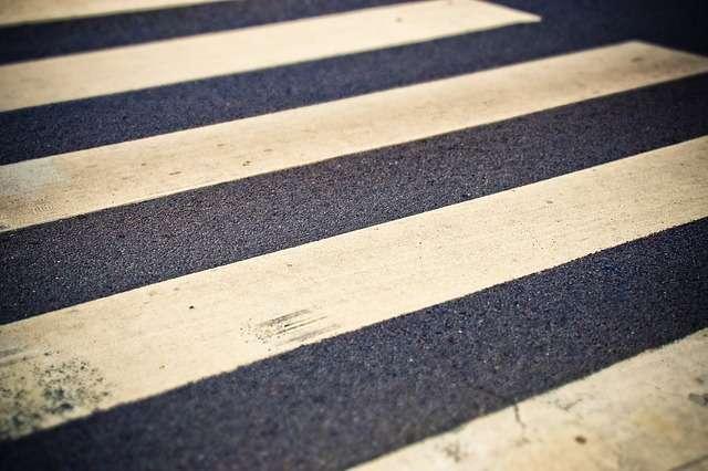 В Великом Новгороде на пешеходном переходе сбили 12-летнего мальчика