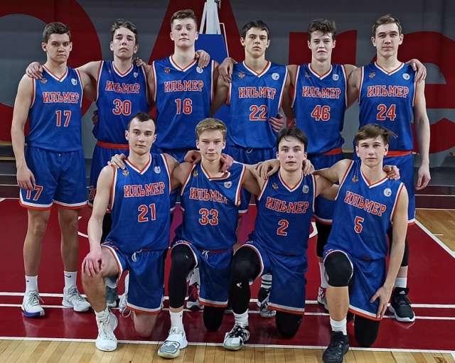 Новгородские баскетболисты стартовали с двух побед в финале первенства России