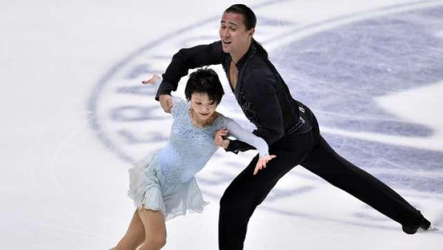 Александр Смирнов многие годы выступал в паре с японской фигуристкой Юко Кавагути.