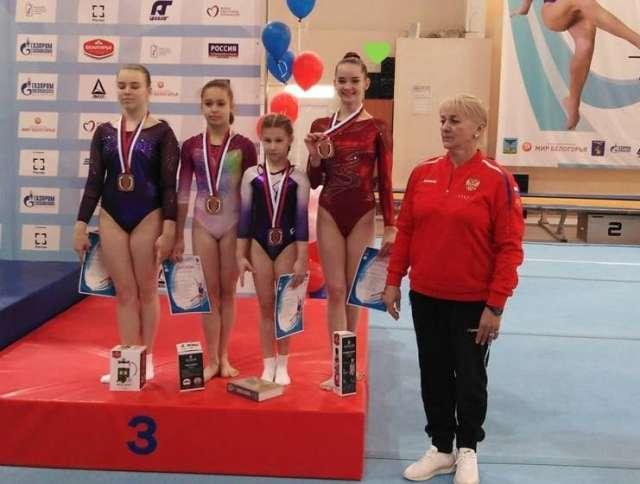 На последнем чемпионате России Мария Агафонова стала шестой в упражнениях на бревне.