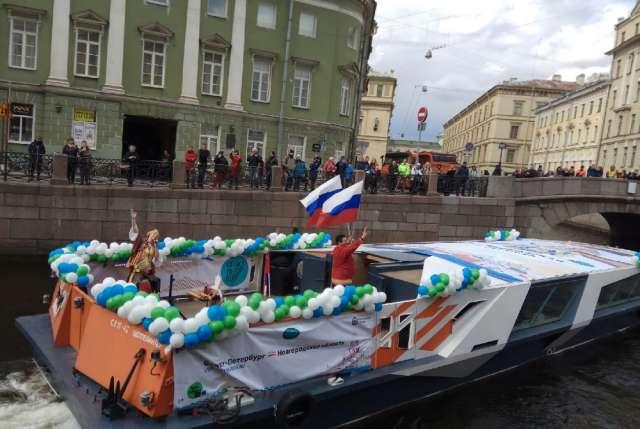 Санкт-Петербург традиционно является для Новгородской области важнейшим партнёром в сфере туризма. Более 40% гостей, посещающих наш регион – жители Северной столицы.