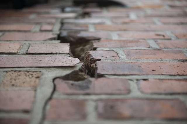 Около 9 миллионов рублей получили жильцы аварийных домов в Великом Новгороде на покупку новых квартир