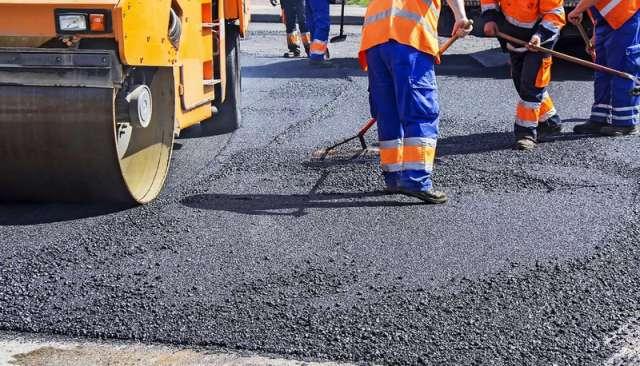 На аукционе по ремонту дорог в Окуловском районе сэкономили более 40 миллионов рублей