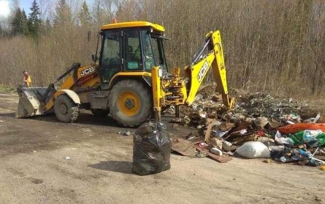 В Новгородском районе запустят проект по созданию контейнерных площадок
