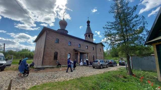 Храм во имя святителя Никиты Новгородского строили шесть лет.