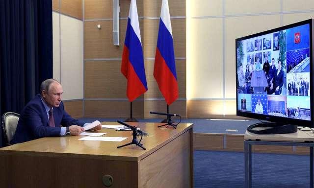 — Сделайте всё, чтобы оправдать высокое доверие. Но с вашим настроем, который мы сейчас все видим, я уверен: так оно и будет, — напутствовал Владимир Путин победителей предварительного голосования.