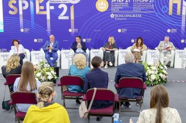 На Петербургском международном экономическом форуме Андрей Никитин обозначил задачи по развитию туристической отрасли региона.