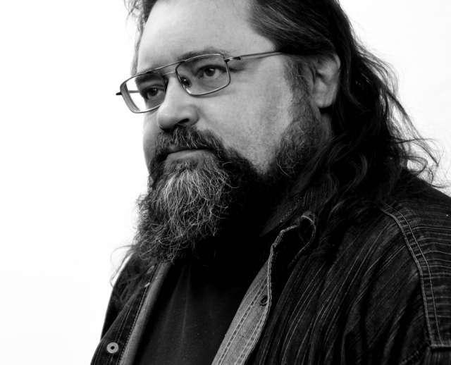 Новгородский политтехнолог, фотохудожник, имиджмейкер Михаил Шимановский скоропостижно скончался 11 июня