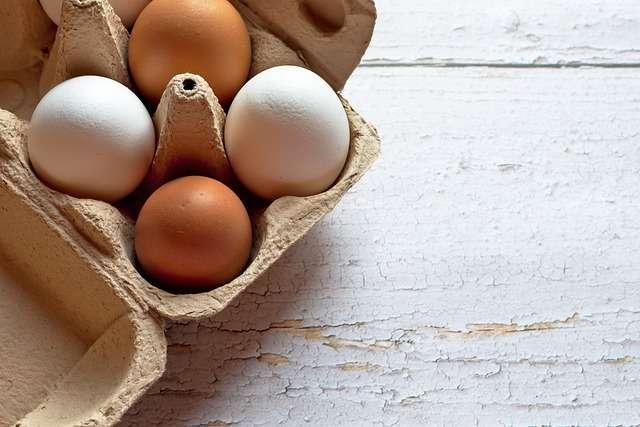C января по май цены на куриные яйца в Новгородской области выросли на 20%.