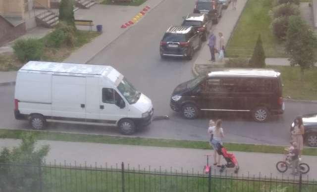 В Великом Новгороде сбили ребёнка на электросамокате