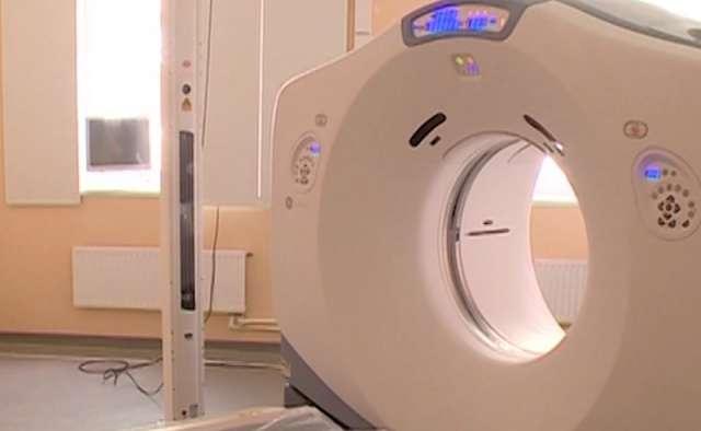 Из-за поломки аппарата лучевой терапии пациенты новгородского онкоцентра проходят лечение в федеральной клинике