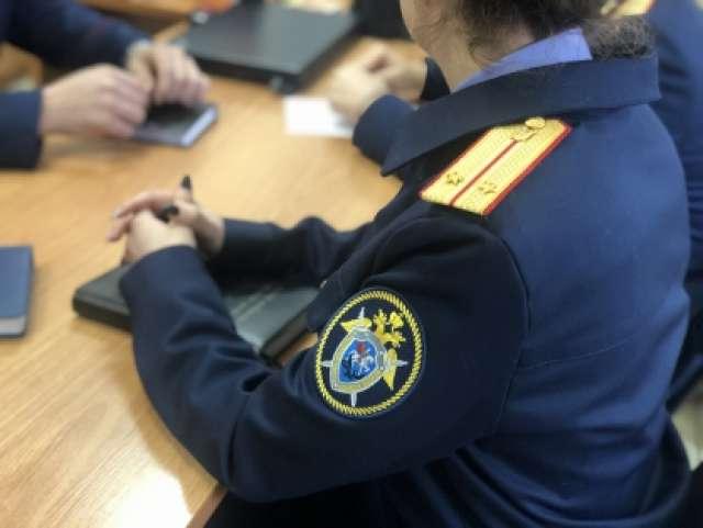Следователи и полицейские устанавливают все обстоятельства преступления.