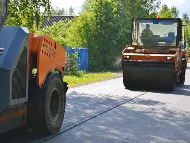 Работы на автодороге Савино – Селищи должны быть завершены до конца этого года.