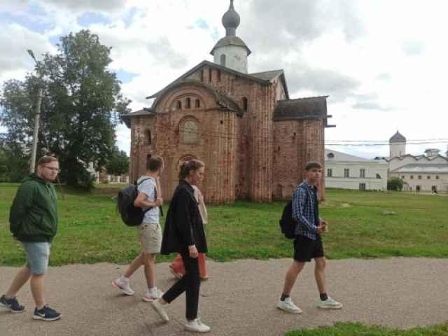 НовГУ организовал для студентов из Казани экскурсионную программу.