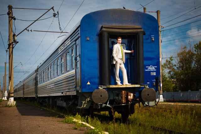 Из Великого Новгорода, помимо Москвы и Санкт-Петербурга, можно совершить путешествие в Псков, Петрозаводск, Мурманск, Калининград, Сухум, Евпаторию