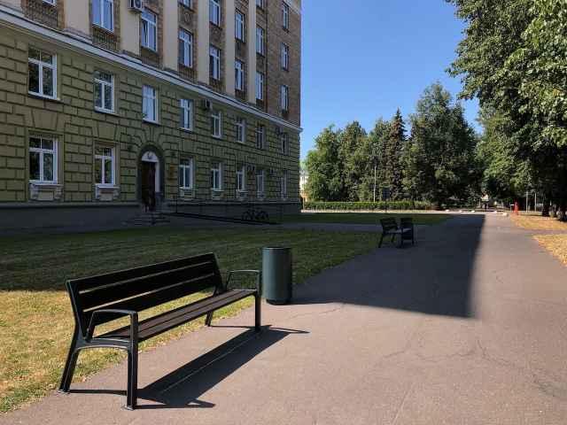«Новый город» принимал участие в выборе моделей и расставке новых малых архитектурных форм по городу.