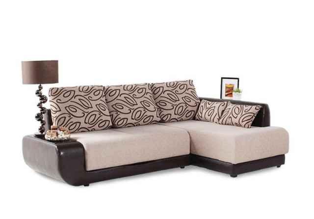 При попытке купить диван через интернет жительница Великого Новгорода лишилась 17 тысяч рублей.