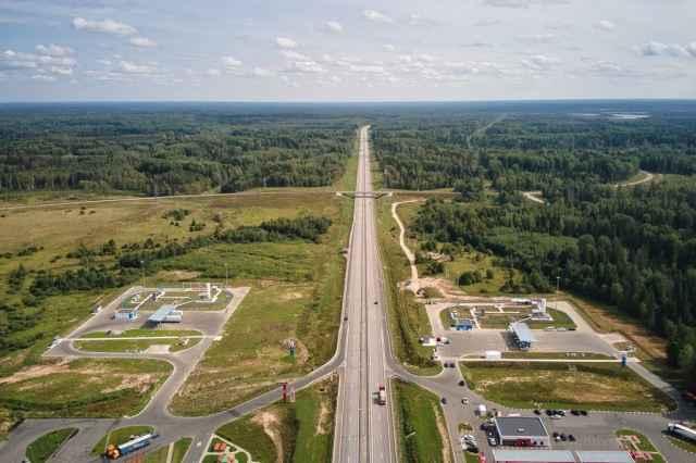 Ключевым потребителем природного газа на новых станциях в Окуловке станет транзитный грузовой автотранспорт.