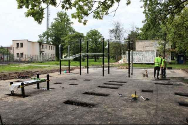 Это первая площадка, которая будет установлена в рамках федерального проекта «Спорт – норма жизни» на территории Великого Новгорода