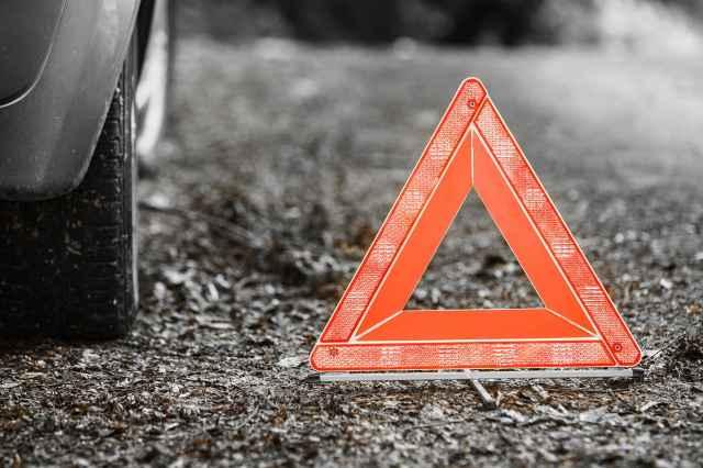 В результате аварии водитель мопеда с телесными повреждениями госпитализирован в Пестовскую ЦРБ.