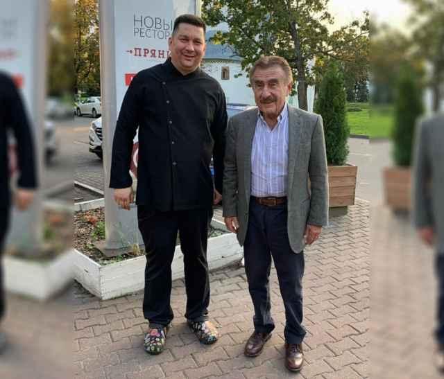 В Великом Новгороде Леонид Каневский со съёмочной группой программы бывал уже не раз.