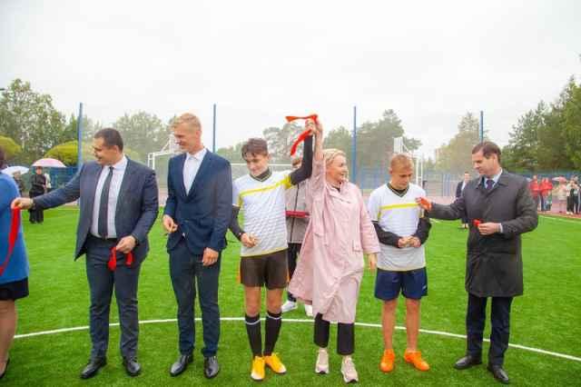 Теперь современные спортивные уличные площадки обустроены в каждом муниципалитете области.