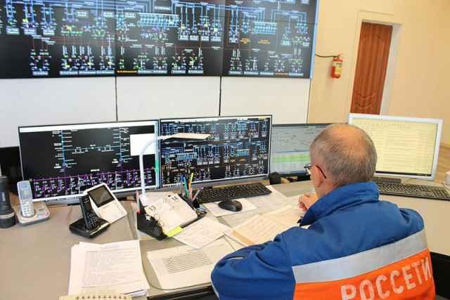 В связи с неблагоприятным метеопрогнозом в Новгородском филиале «Россети Северо-Запад» объявлена повышенная готовность.